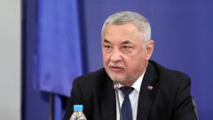 Валери Симеонов: В начинаещия политик Радев прозира реваншизъм и егоистична амбиция