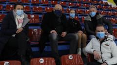 Министър Кралев посети Държавното първенство по фигурно пързаляне
