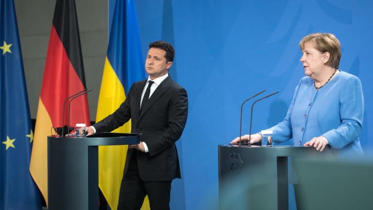 Меркел: Запазване на транзита на руски газ през Украйна