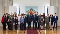 Президентът удостои българските военни с висше офицерско звание