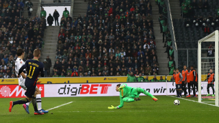 Лайпциг отново подгони Байерн, новаците биха Борусия с 2:1!