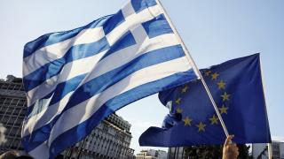 Еврозоната отключва нови заеми за Гърция