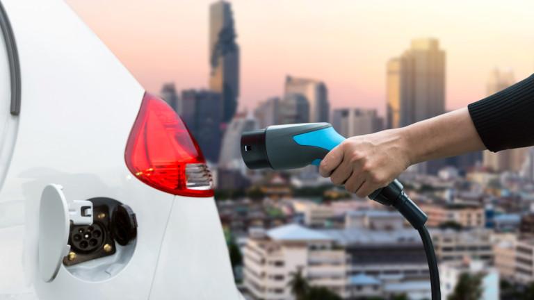 Китай: Производителите на електромобили да рециклират батериите им