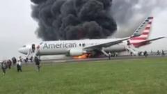 Самолет пламна при излитане в  Чикаго, няма пострадали