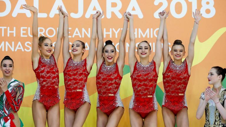 Ансамбълът по художествена гимнастика поведе в многобоя в Казан