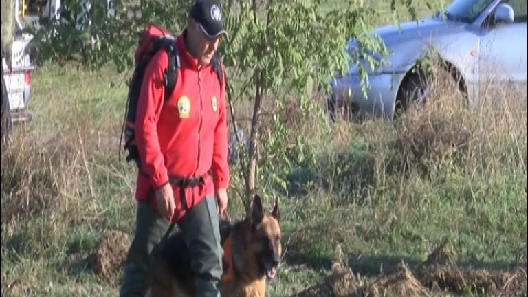 """7 планински спасители помогнаха на пострадала туристка в парк """"Сините камъни"""""""