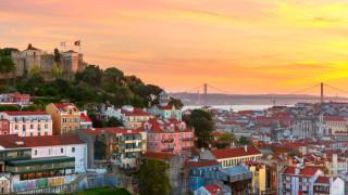 Докато някои в Европа гонят имигрантите, Португалия се чуди как да ги привлече