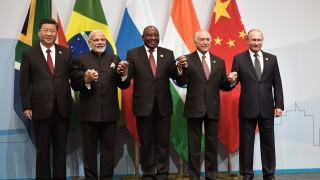Държавите от BRICS обмислят обща платежна система