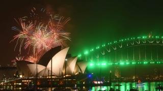 Стотици хиляди искат Нова година без фойерверки в Сидни