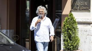 В Италия настояват за референдум за еврото