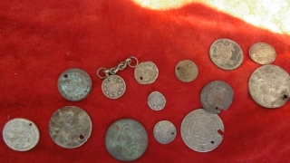 Монети, ятаган и кремъклийки конфискуваха пазарджишки полицаи