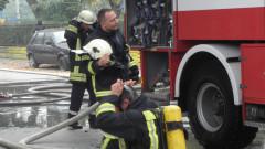 Камион пламна в движение на столичен булевард