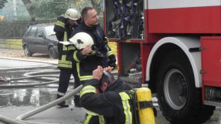 80-годишна жена е обгазена при пожар в дома й в Пловдив