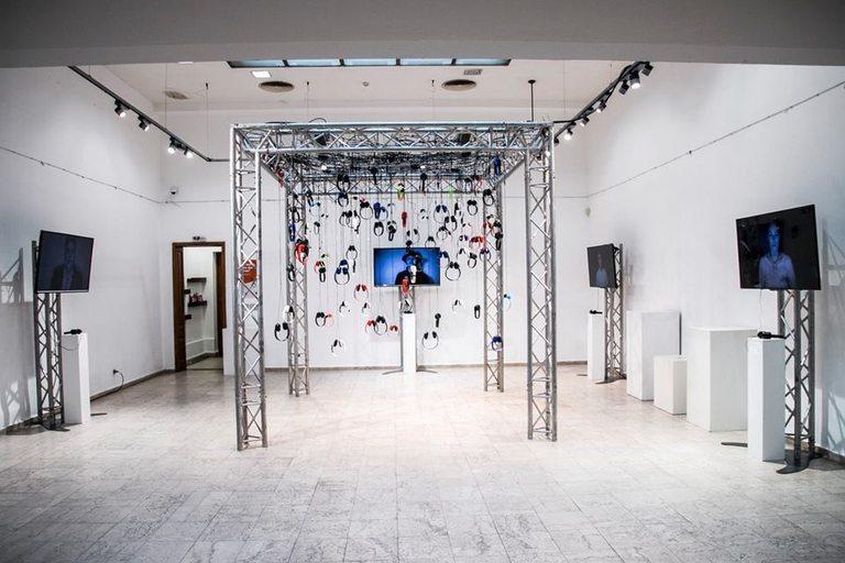 Арт инсталация за представянето на Storytel в България
