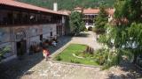 С близо 4 млн. лв. ремонтират Бачковския манастир