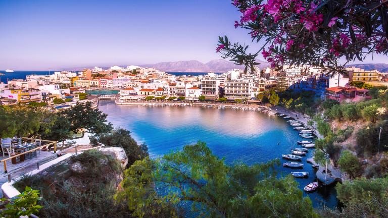 Гръцкият остров Крит е любимо място за почивка на европейците.