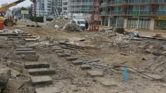 В Кранево негодуват срещу спорен строеж до плажа