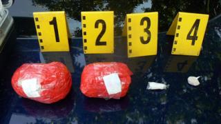 МВР удари контрабандисти и наркотрафиканти в Югозападна България