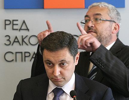 Янев предрече началото на разпад на ГЕРБ