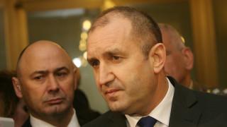 Румен Радев с още повече въпроси за ЧЕЗ след оставката на Петкова
