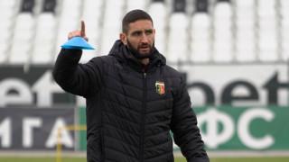 Александър Тунчев: Всичко освен трите точки ще бъде разочарование за Локомотив