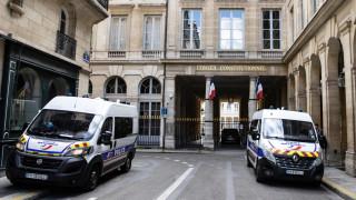 Френската полиция започва да пази ваксинацонни центрове от антивакс вандализъм