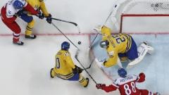 Фаворитите печелят на световното по хокей