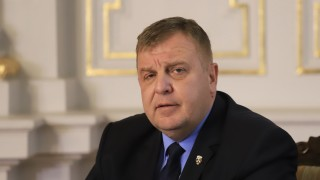 Каракачанов и Томислав Дончев ще се борят с концепции за интеграция на ромите