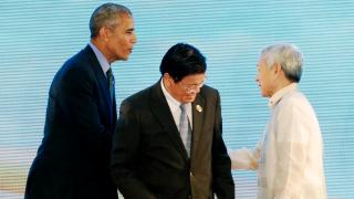 """Филипините не могат да бъдат """"малките кафяви братя на САЩ"""", обяви топ дипломатът на страната"""