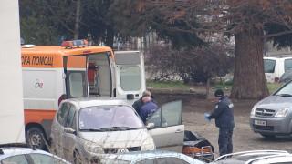 Кола прегази и уби паднал на пътя пенсионер