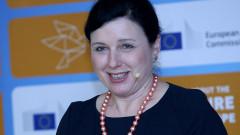 Вера Йоурова: Не натискаме държавите да ратифицират Истанбулската конвенция