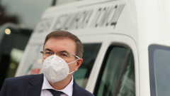 Здравният министър нямал право да командирова медици, нито да създава COVID болници