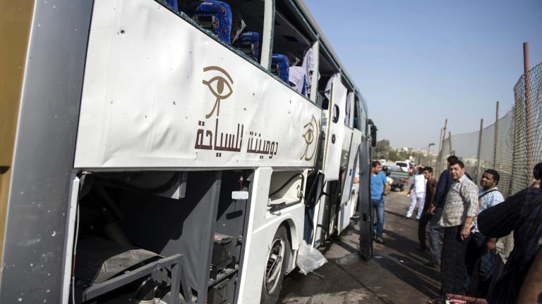 Египет ликвидира 12 екстремисти след бомбената атака край пирамидите