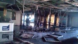 Пожар затвори международното летище в Рим