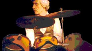 Почина барабанистът на ФСБ