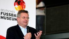 Шефът на германския футбол: Работя добре с Борислав Михайлов, помня отбора на България от 1994 година