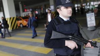 Масови арести на преподаватели в Турция