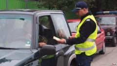 Нови шофьори получават безвъзмездни устройства hands free