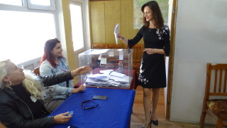 Мария Габриел гласува за обединена Европа