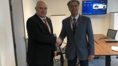 Иван Гешев прехвърля на Лозан Панов отговорността за съдия Миталов