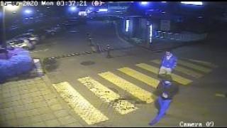 МВР Варна издирва двама, откраднали дамска чанта на 15 юни