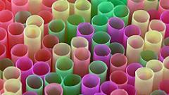 Три вида оцветители в напитките и храните - опасни за децата