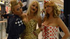 Тризначките нарочени за проститутки