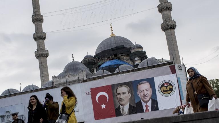 Партията на Ердоган и коалиционните ѝ партньори печелят мнозинство на 24 юни