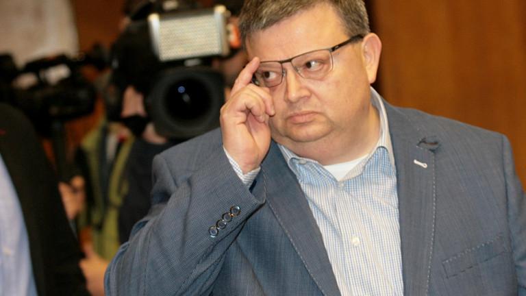 Цацаров прехвърли тревогите на БСП в Шумен към Валентин Радев