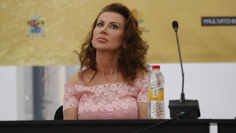 Илиана Раева: Ансамбълът при девойките е напреднал много