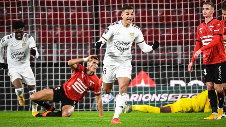 Бордо спечели гостуването си на Рен 1:0 в първия мач