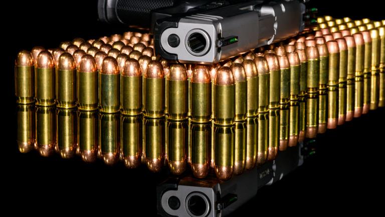 В Чехия разрешиха защитата с оръжие в ръка