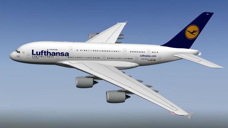 Най-големият пътнически самолет в света със специален тур над София