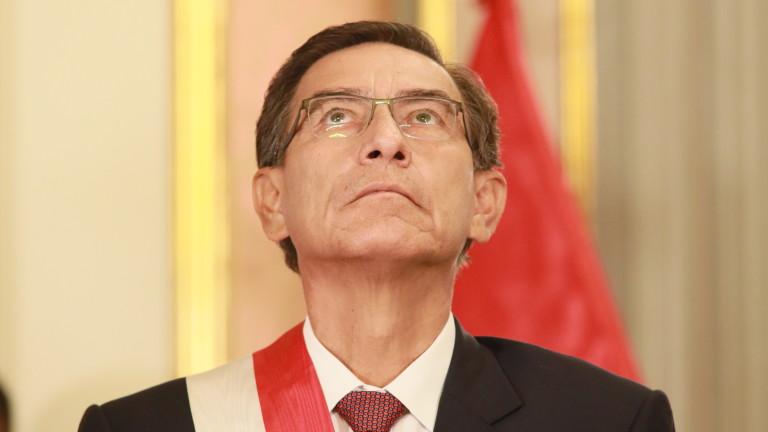 Президентът на Перу Мартин Вискара заяви, че ще поиска референдум